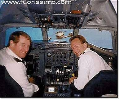 tranquillità, piloti, dramma, immediato, passeggeri, urto, traffico, vetri, aereo, aerei, console, comandi, comandante, copilota, pilota automatic