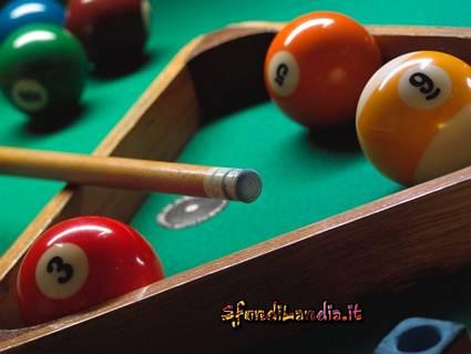 stecca, gioco, palline, numerate, piene, spezzate, buche, tappeto, verde, birilli, birillini, tornei, sei, triangolo