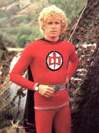 ralph, supermaxieroe, maxwell, anni80, greatest, american, hero, eroe, volare, supereroe, sfigato,costume, alieni, superpoteri