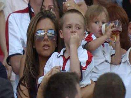 Victoria, Spice, Beckham, bambini, partita, papà, tifosa, inglese