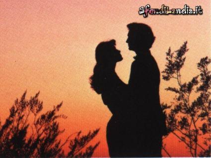 momenti passionali, cartoline d'amore, corpi, anima, ombre, gioco di luci, sagome, sagoma, volersi bene, promesse eternità