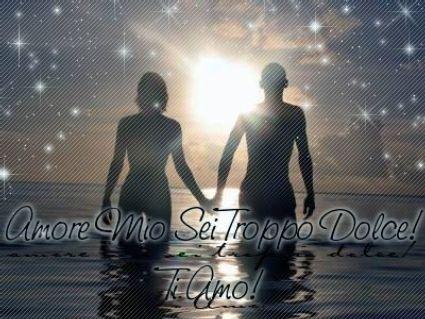 cartolina dolcezza, amore, sentimento, amarsi, passeggiata nel mare, tramonto, coppia