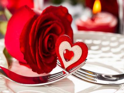 amarsi, cuore, forchetta, incontro, cena, sapori, sensuale