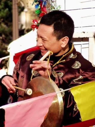 gong, capodanno, cina, cinese, musica, riti, ritualita, capo di anno