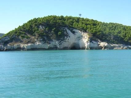 peschici, grotta, mare, acqua, azzurra, sole, vacanze, spiagge, estate