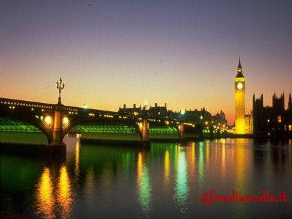 tamigi, visione, luci, riflesso, big ben, ponti, traghetti, vaporetti, vaporetto, re, regina, reame, regno, unito