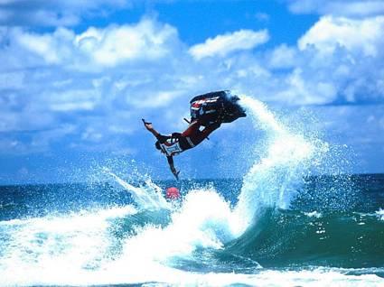 cartolina moto acqua, velocità , manubrio, timone, salti, acrobazie, onde, pericolo, nuotatori, galleggiare, affondare, girare, girarsi, scooter