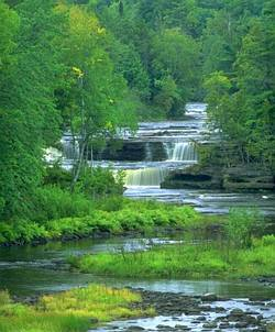 fiume, verde, acqua, monti, mare, percorso, naturale, dislivello, fonte, vitale, effetto, scorrimento, veloce, inizio, lento, fine
