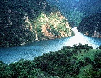 vallata, monti, spettatori, grande, affluenza, affluente, fiume, dominante, alveo, unico, portata, maggiore