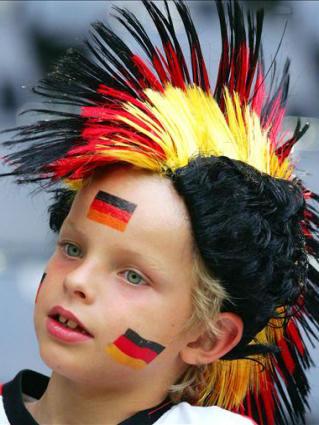 bambino, pampino tetesco, tifoso, credo, passione, capello, colori, bandiera