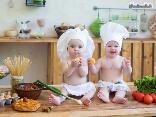 Bimbi, cucinare, mangiare, giochi