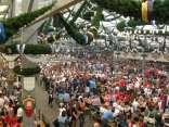 gare, birra, oktoberfest, squadre, internazionali, camerieri, boccali, stand