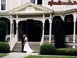 oggi,sposi,matrimonio,amore,legame,sposini,marito,moglie,nozze,fedi,marcia,nuziale,torta