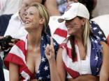 stati uniti, america, tifare, dito, indice, domanda, ridere, divertimento, coppia, ragazze, donne, ragazza, sconfitta, sorriso